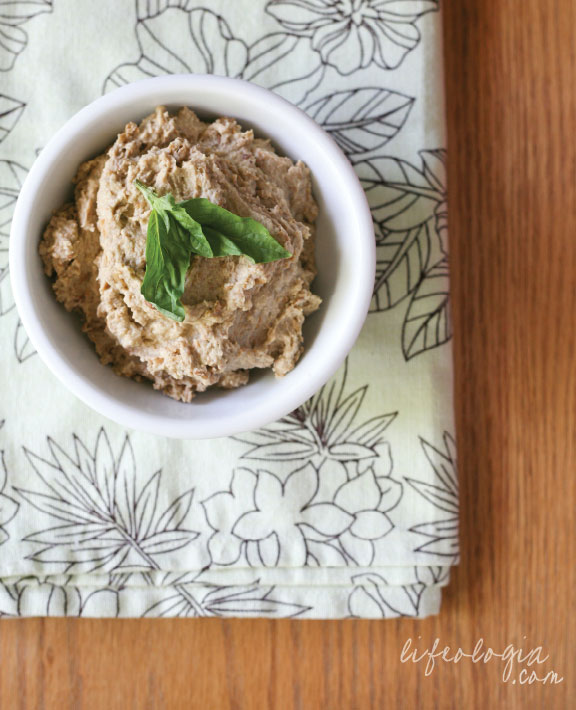 lifeologia-lentil-hummus2
