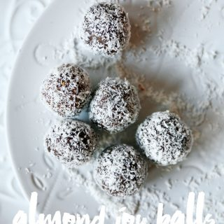 almond-joy-balls-pure-ella-leche