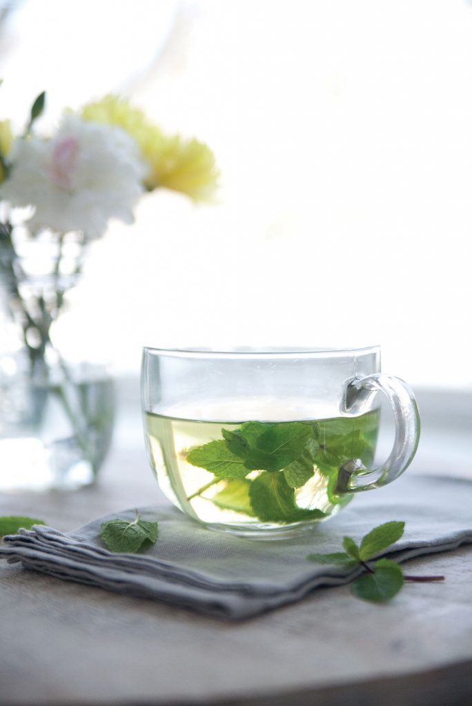 How to Make Fresh Mint Tea - Pure Ella