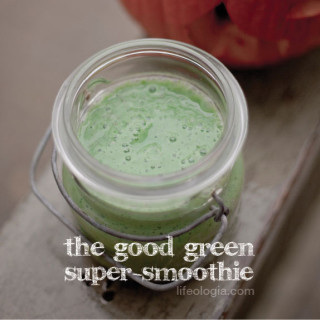 The Good Green Goblin Super-Smoothie with protein and probiotics
