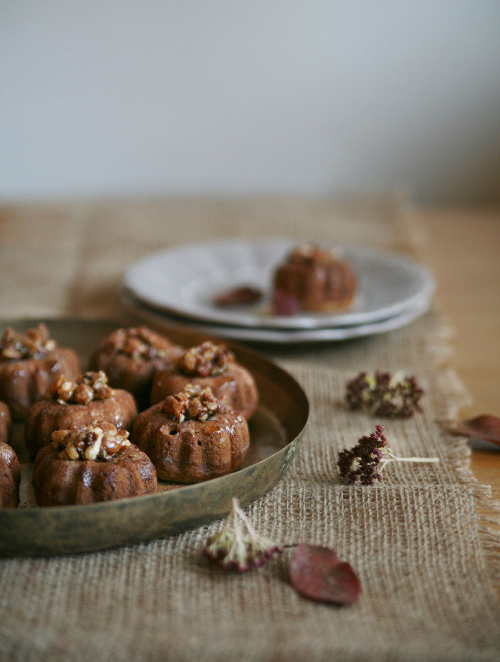 Maple Pecan Pumpkin Spice Mini Cakes - Pure Ella