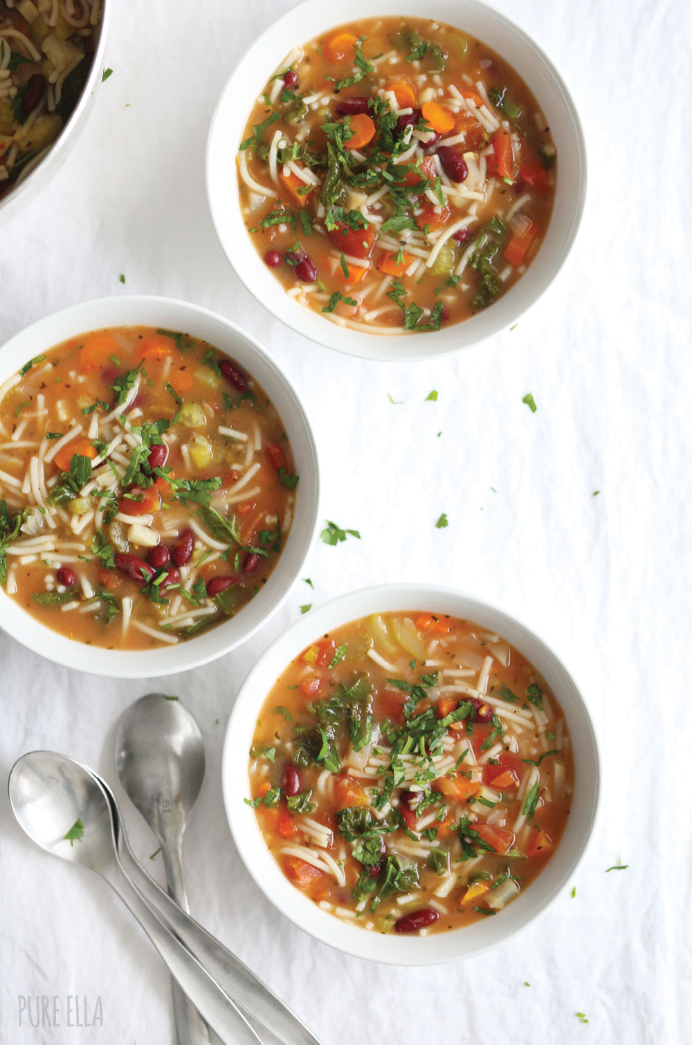 Pure-Ella-One-Pot-Meal-Minestrone-Soup-Recipe2
