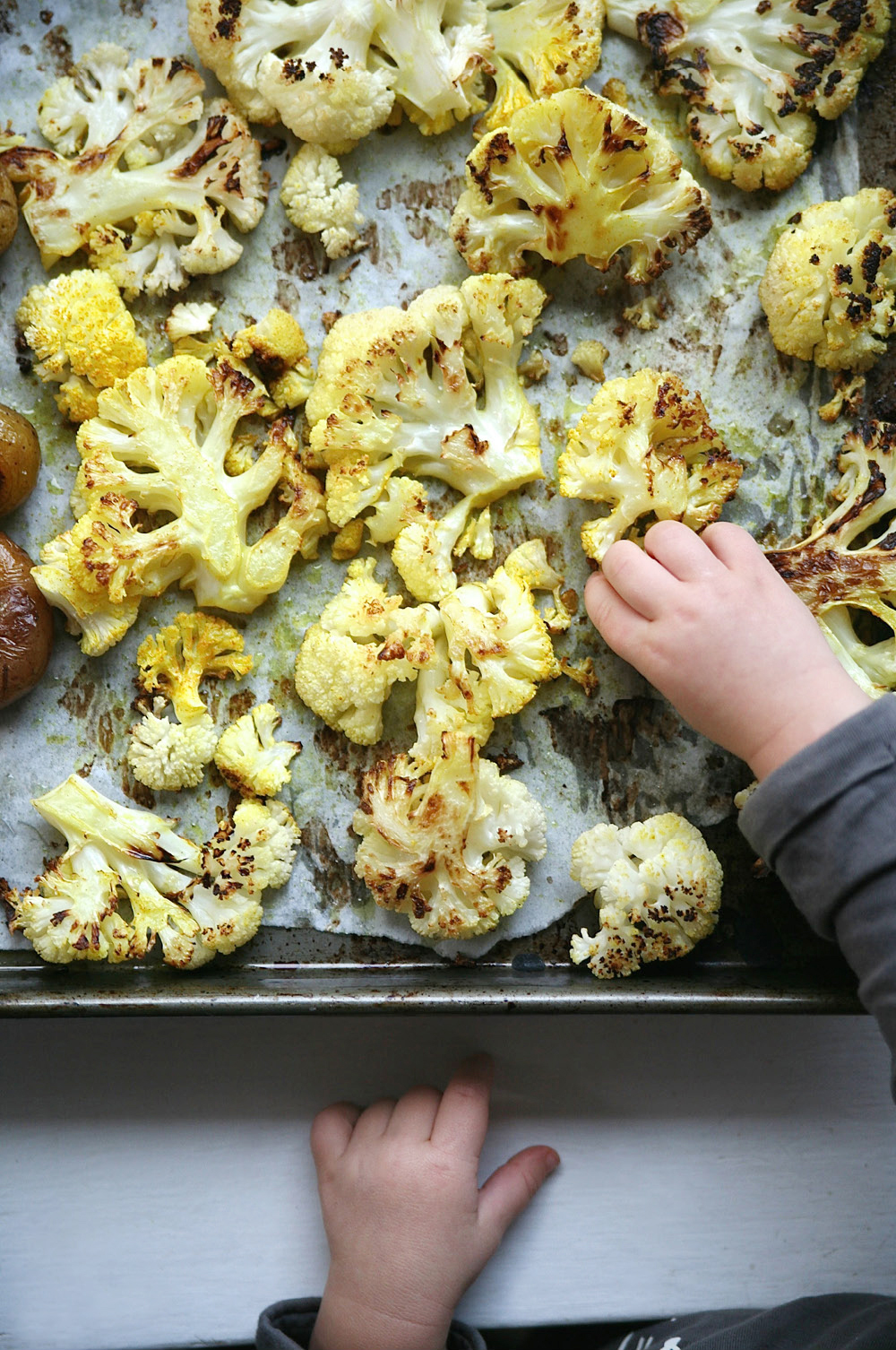 Pure-Ella-Turmeric-Black-Pepper-Roasted-Cauliflower3