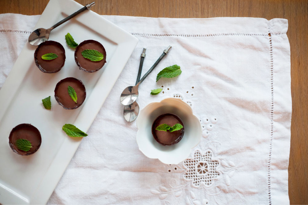 Pure-Ella-Vegan-Dairy-free-Egg-free-Chocolate-Mint-Pudding-with-Dark-Chocolate-Cups3