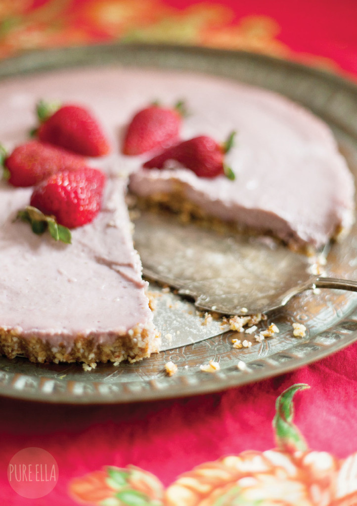 Raw Strawberry Cheesecake Gluten Free Paleo Vegan