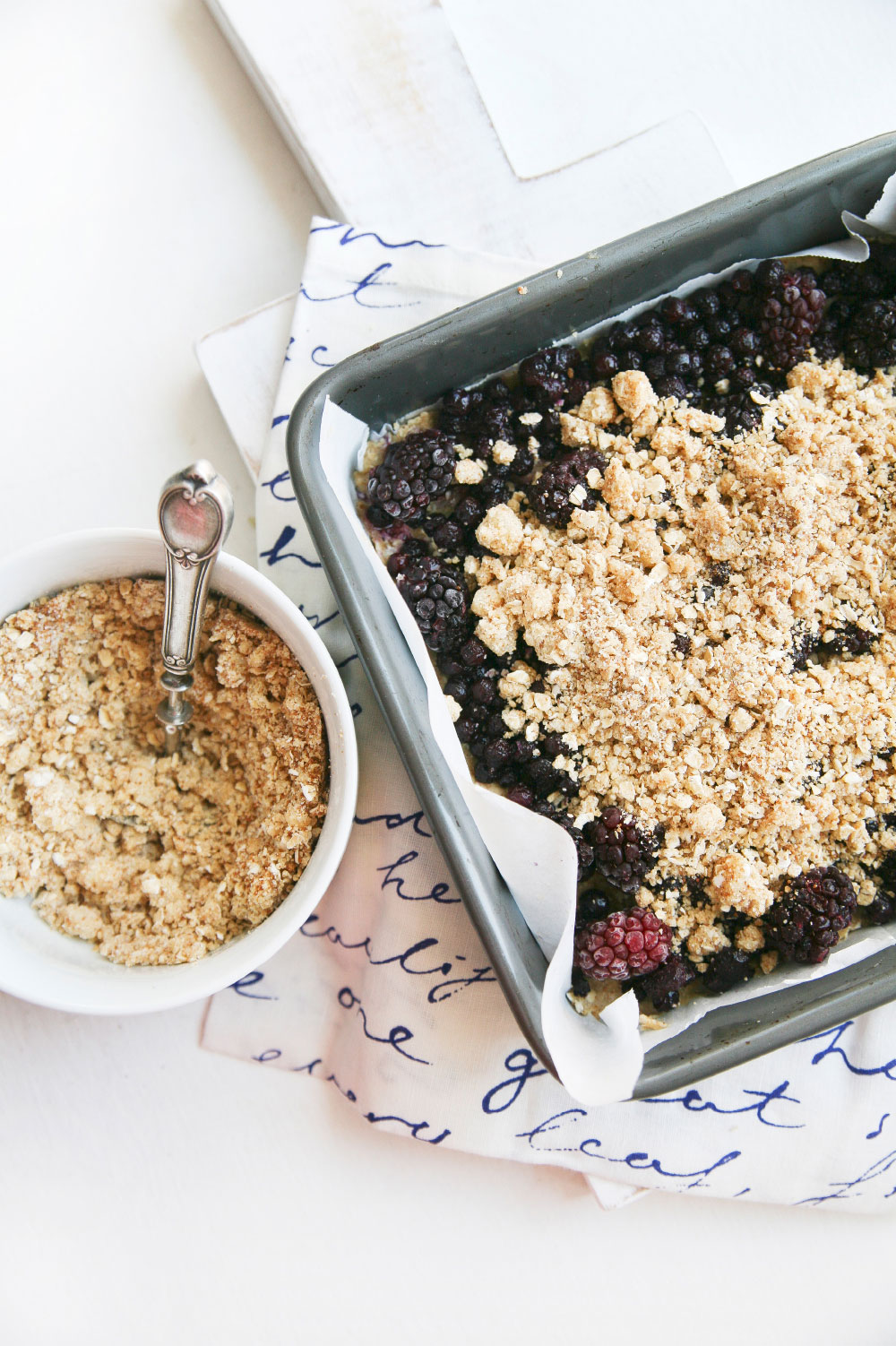 Pure-Ella-gluten-free-vegan-blueberry-blackberry-crumb-squares3