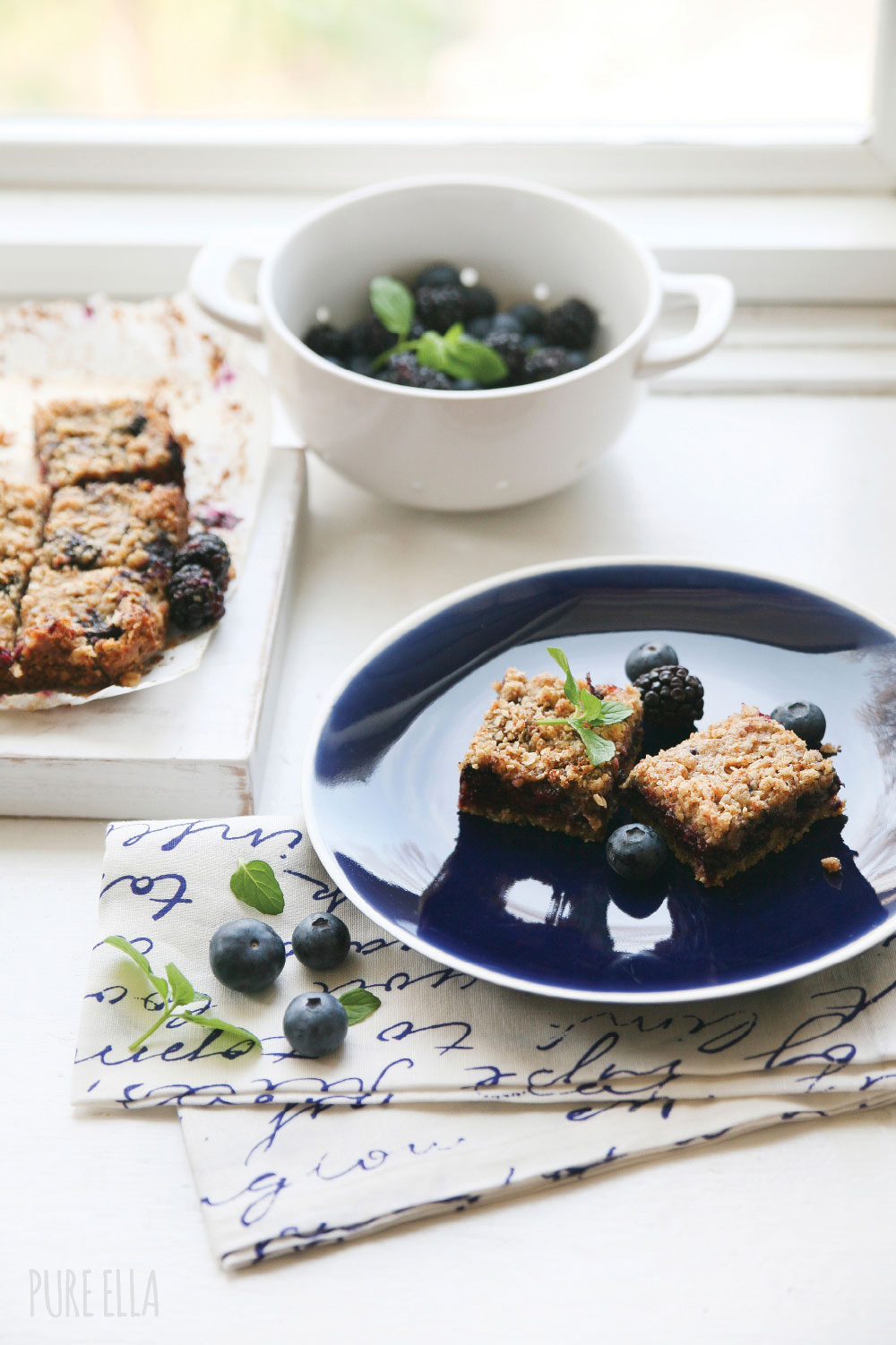 Pure-Ella-gluten-free-vegan-blueberry-blackberry-crumb-squares9