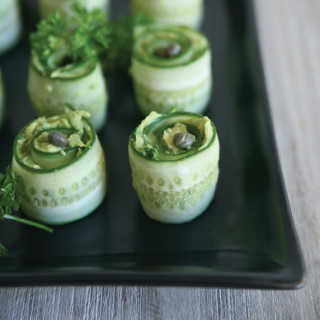 Pure-Ella_-Ella-Leche-Cucumber-Rolls-with-avocado-vegan-and-gluten-free-photo3