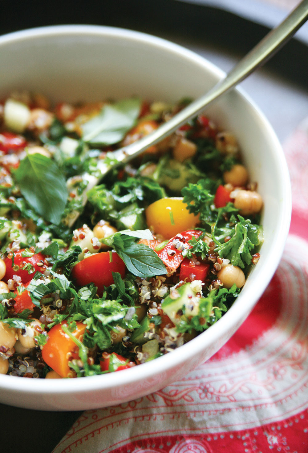 Say hello to this deliciously amazing Quinoa Tabbouleh Salad – my ...