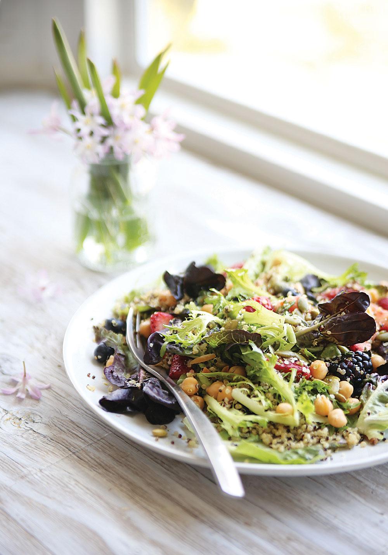 Berrylicious-Quinoa-Spring-Salad3