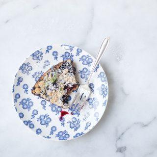 6 Ingredient Blueberry Blackberry Pie