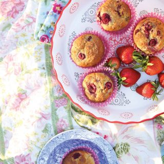Healthy Raspberry Lemon Muffins (gluten free vegan + with protein)