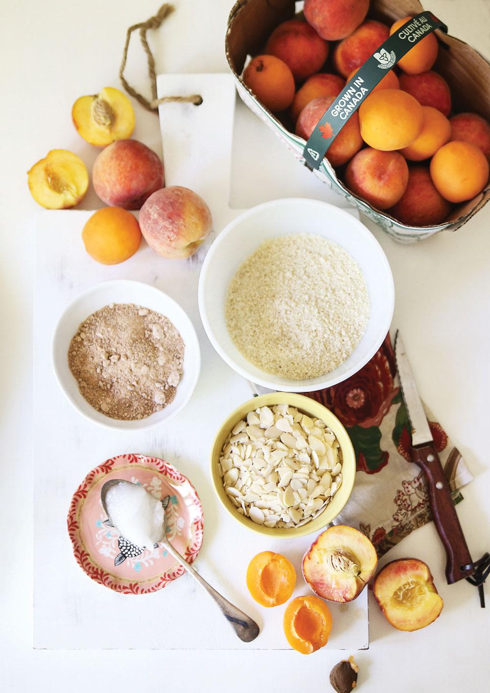 Grain-Free-Peach-Apricot-Crisp-Crumble-Pure-Ella-Leche3