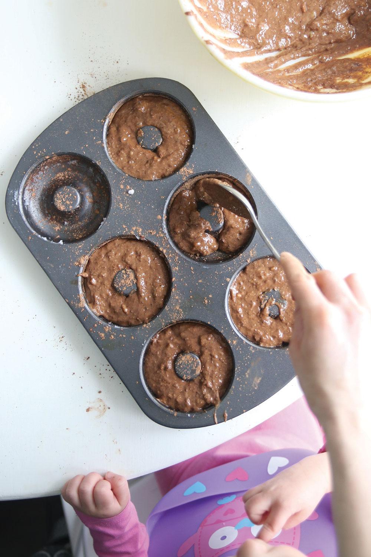 hazelnut-chocolate-doughnuts-deliciously-ella-pure-ella-leche5
