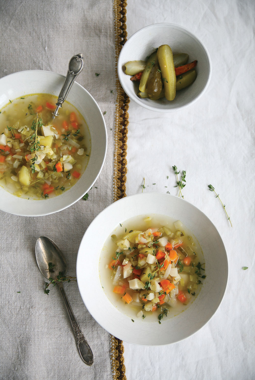 polish-pickle-soup-with-potatoes-ella-leche-pure-ella3