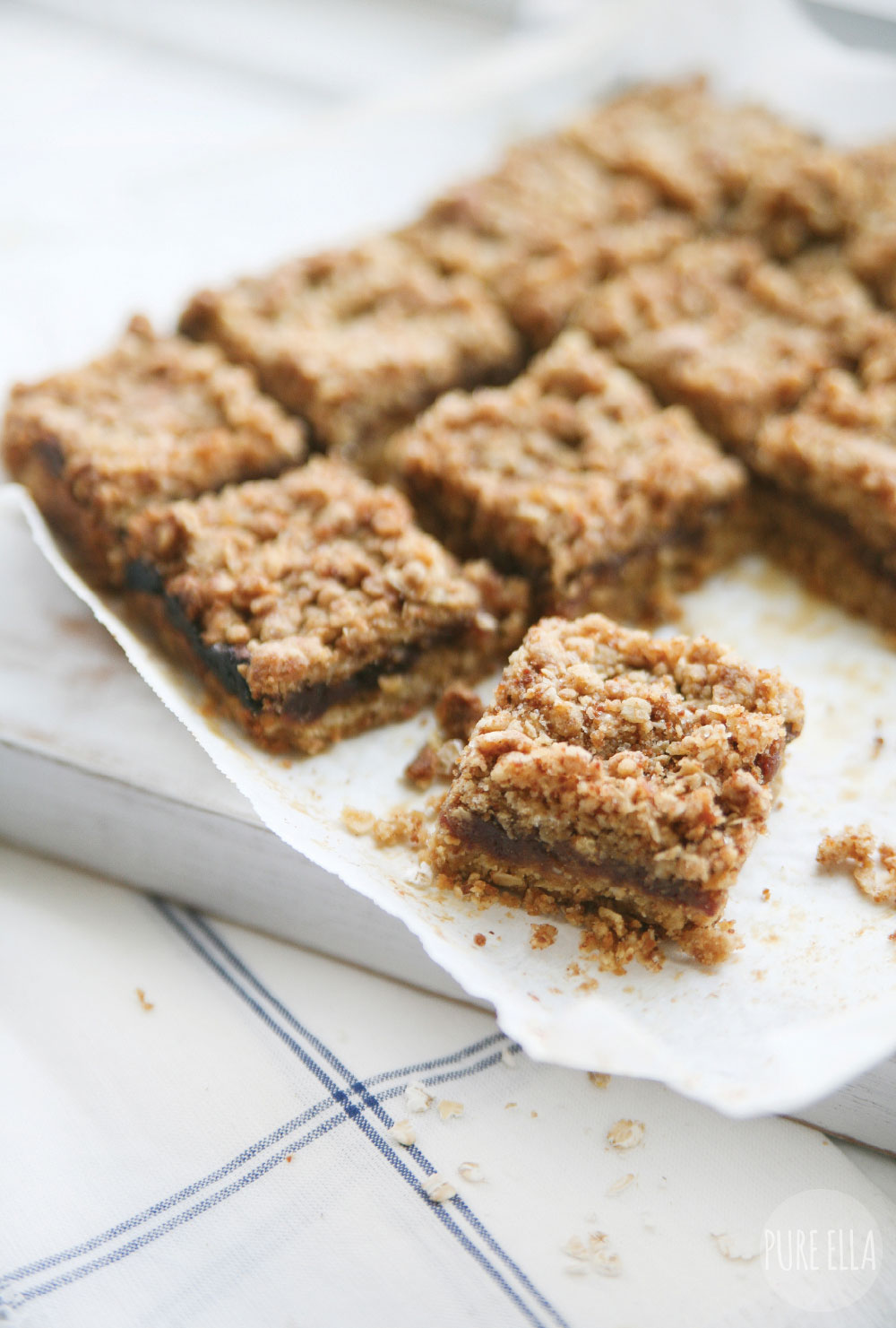 Pure-Ella-5-ingredient-gluten-free-sugar-free-vegan-date-squares4
