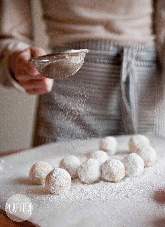 Pure-Ella-Amaretto-Snowballs2