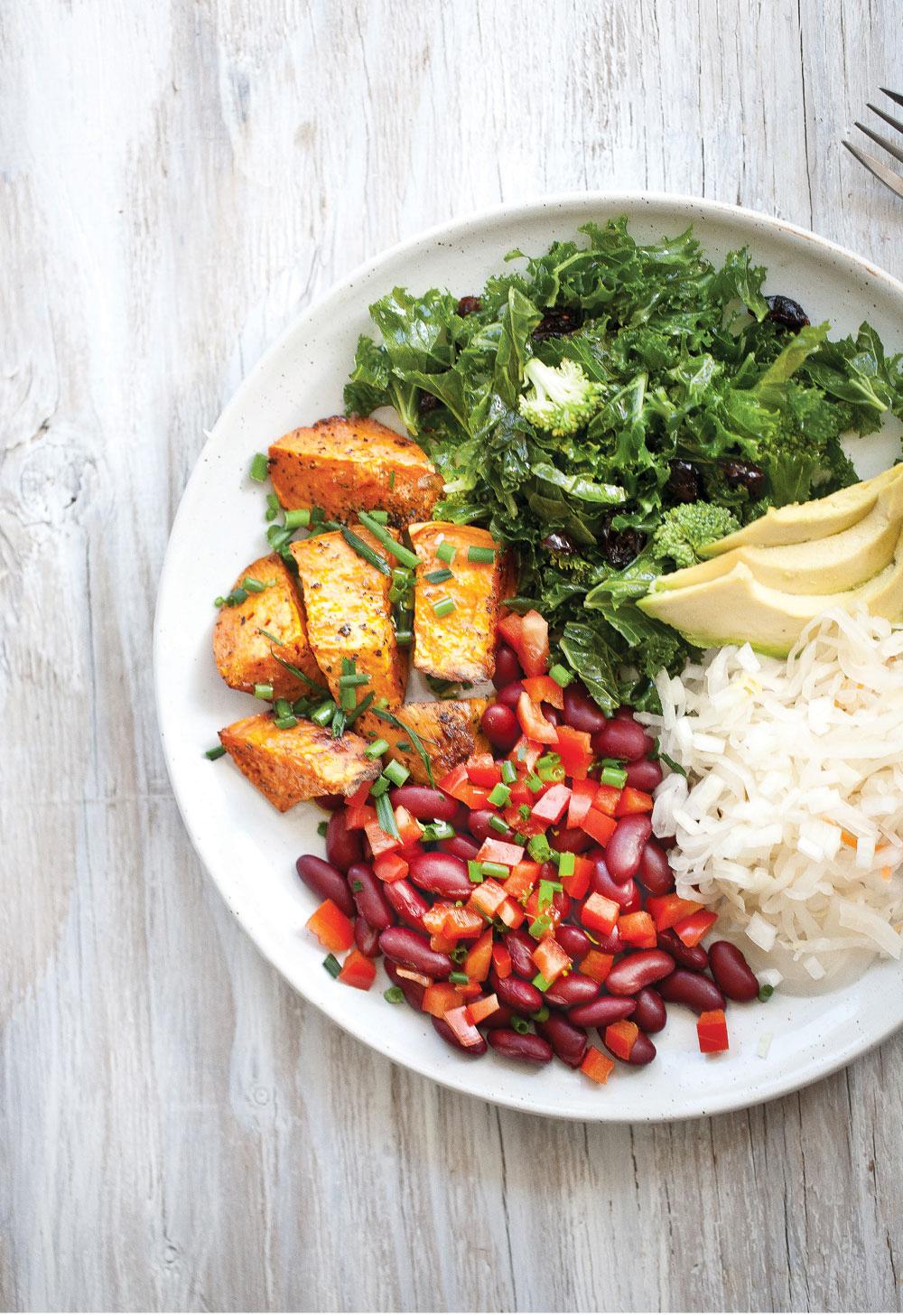 Pure-Ella-Black-Olive-Raisin-Kale-Salad-4