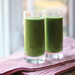 the good green super-smoothie : with protein and probiotics, vegan