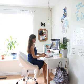 Pure Ella office + 6 tips to get organized