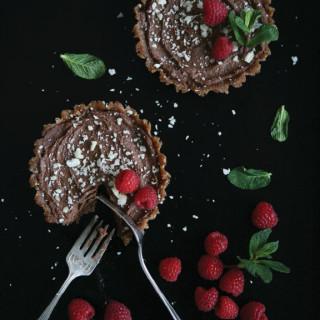 No-Bake Dark Chocolate Mousse Tarts