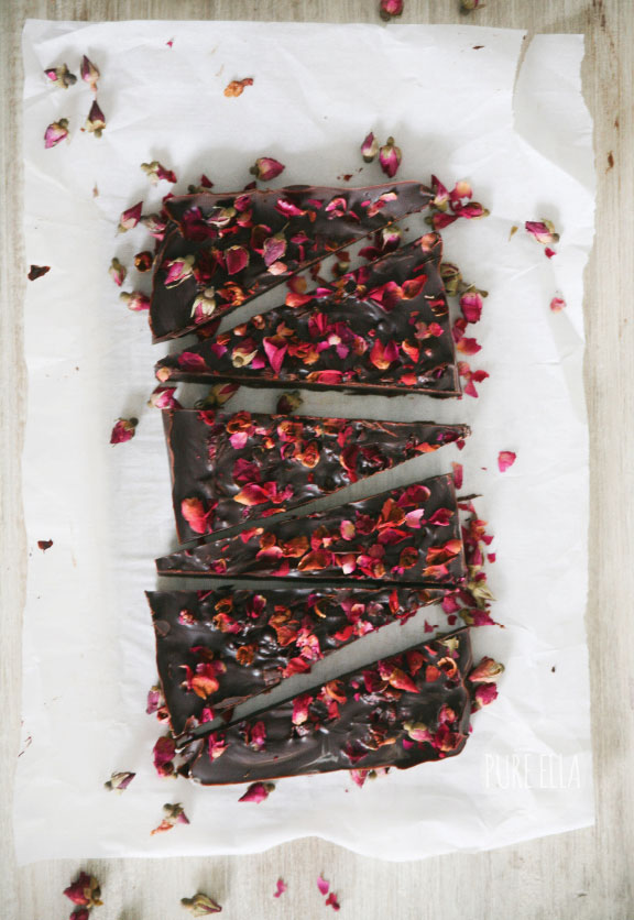 Pure-Ella-Pure-Passion-Rose-Petal-Dark-Chocolate-Bar2