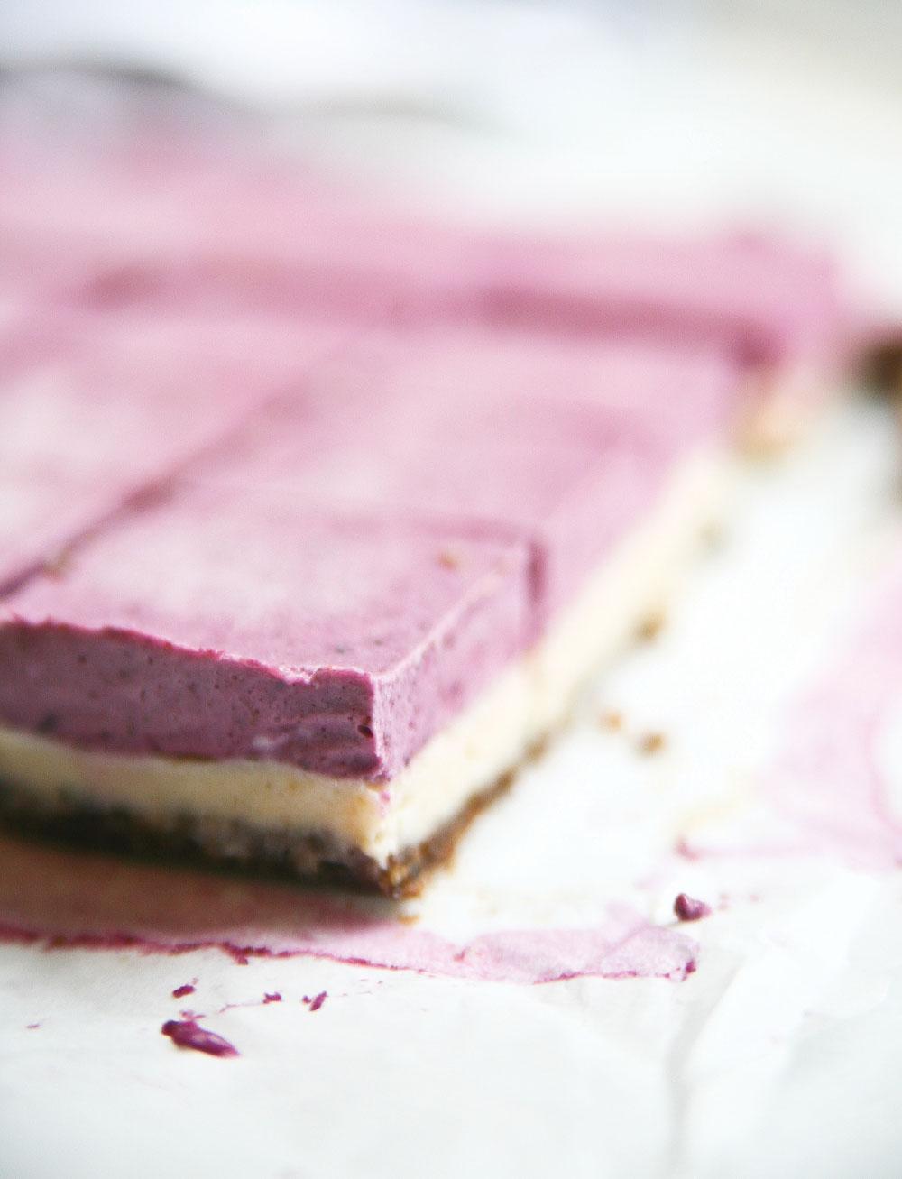 Pure-Ella-Raw-Berry-Burst-Cheesecake9