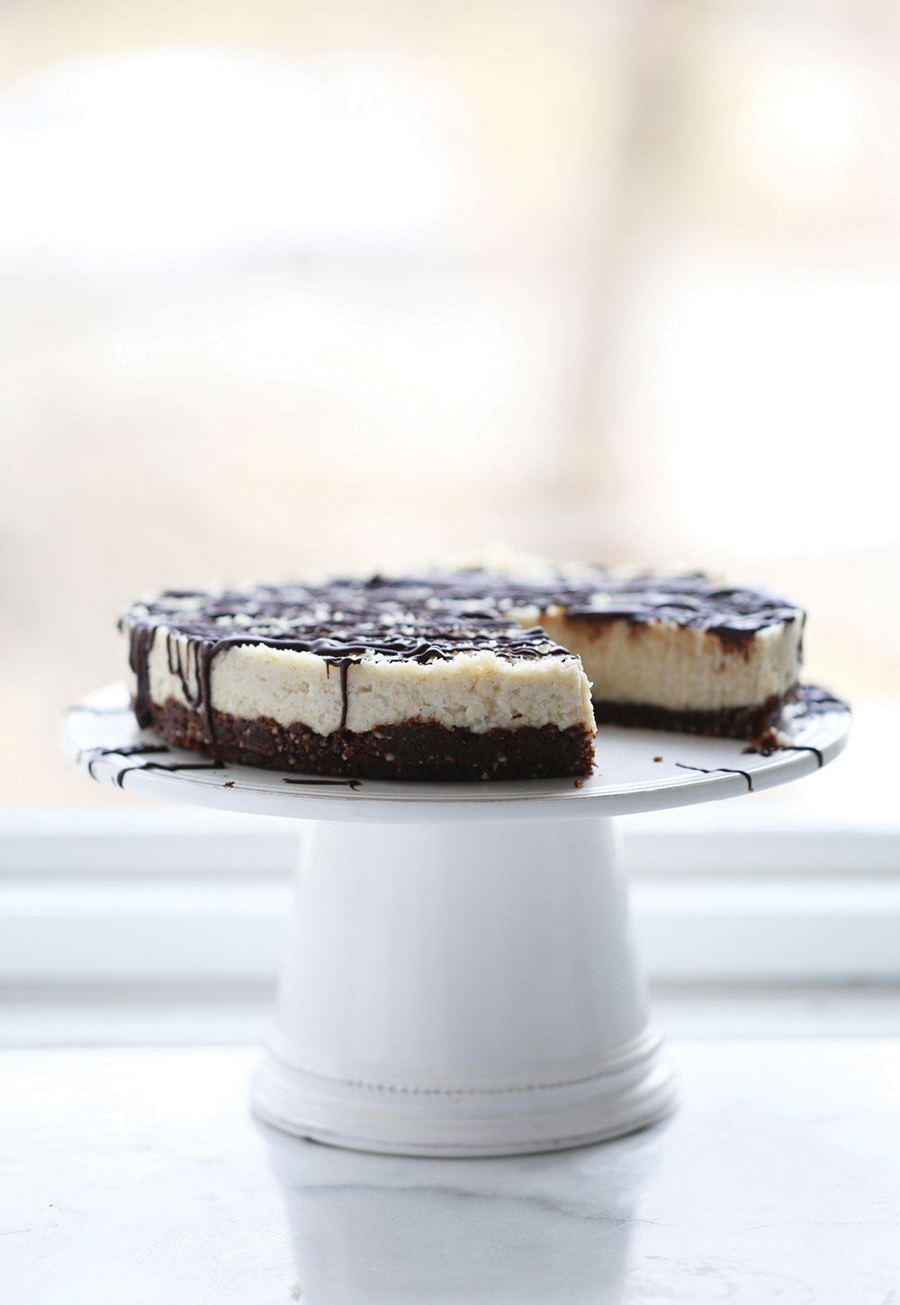 Pure-Ella-Raw-Chocolate-Coconut-Bounty-Cake8