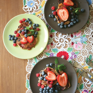 Gluten-free and Vegan Summer Berry Pancakes