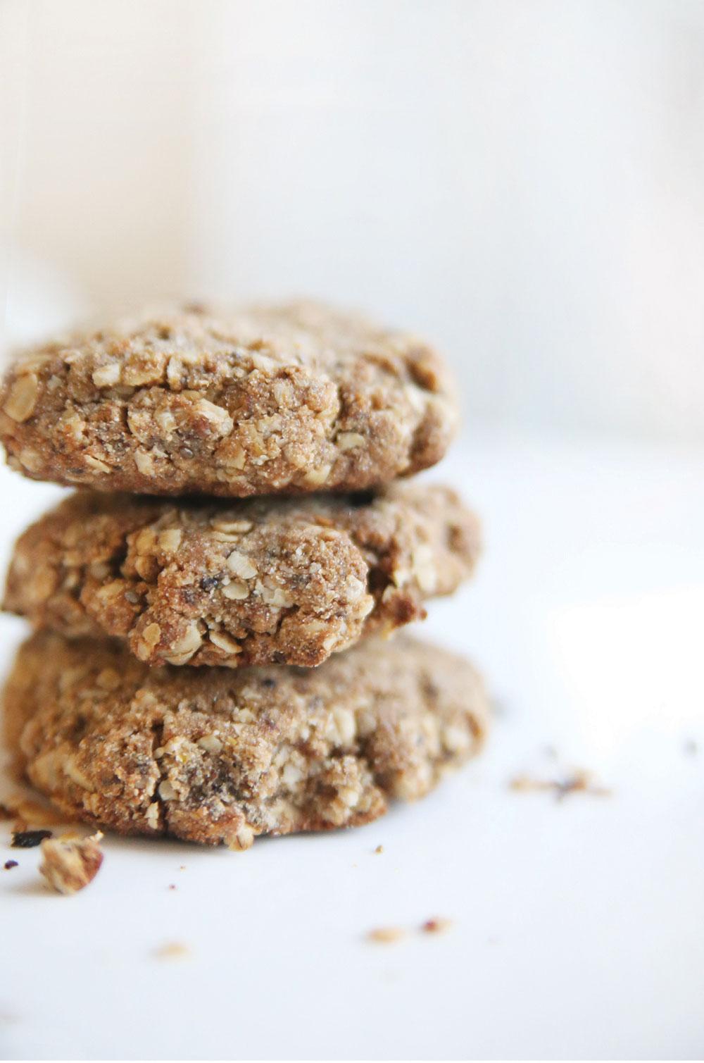 Pure-Ella-Superfood-Breakfast-Cookies4