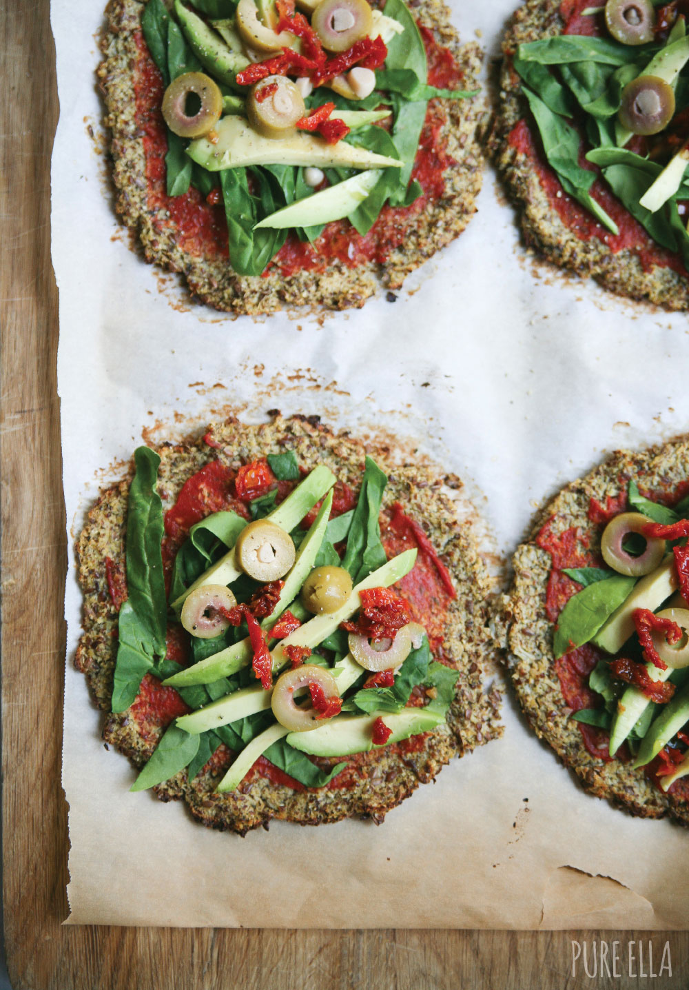 Pure-Ella-gluten-free-paleo-vegan-cauliflower-crust-pizza2