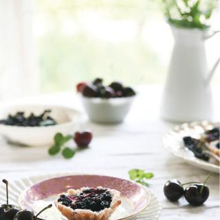 Pure-Ella-gluten-free-vegan-Cherry-Wild-Blueberry-Tarts14
