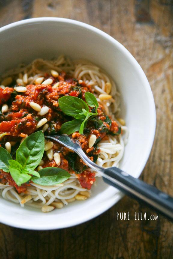 Pure-Ella_-Ella-Leche-Best-Ever-Meaty-But-Meatless-Spaghetti-Sauce-vegan-gluten-free4