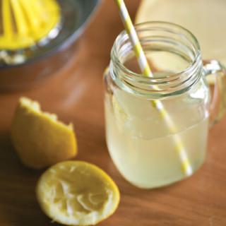 Pure-Ella_-Ella-Leche-Homemade-Lemonade5