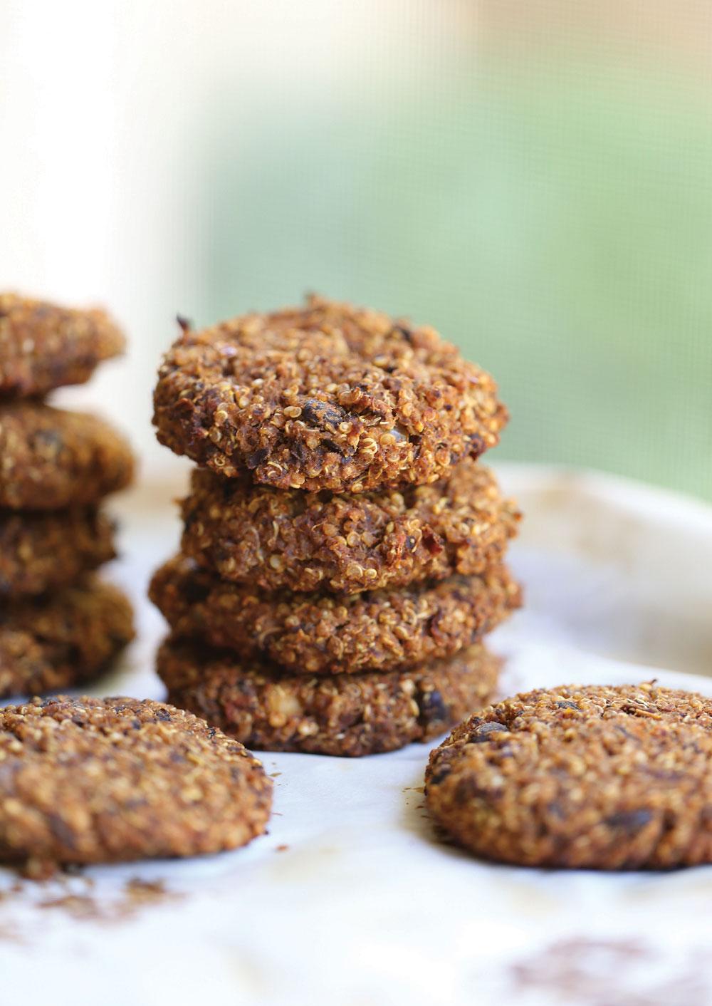 quinoa-black-bean-cakes-pure-deliciously-ella-leche5