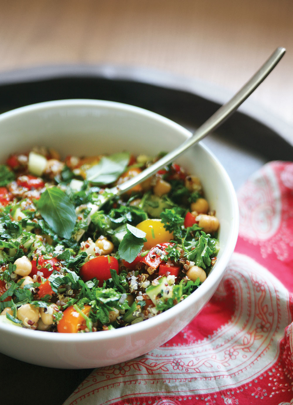 Quinoa-tabbouleh-Summer-Salad-Pure-Ella-Leche3