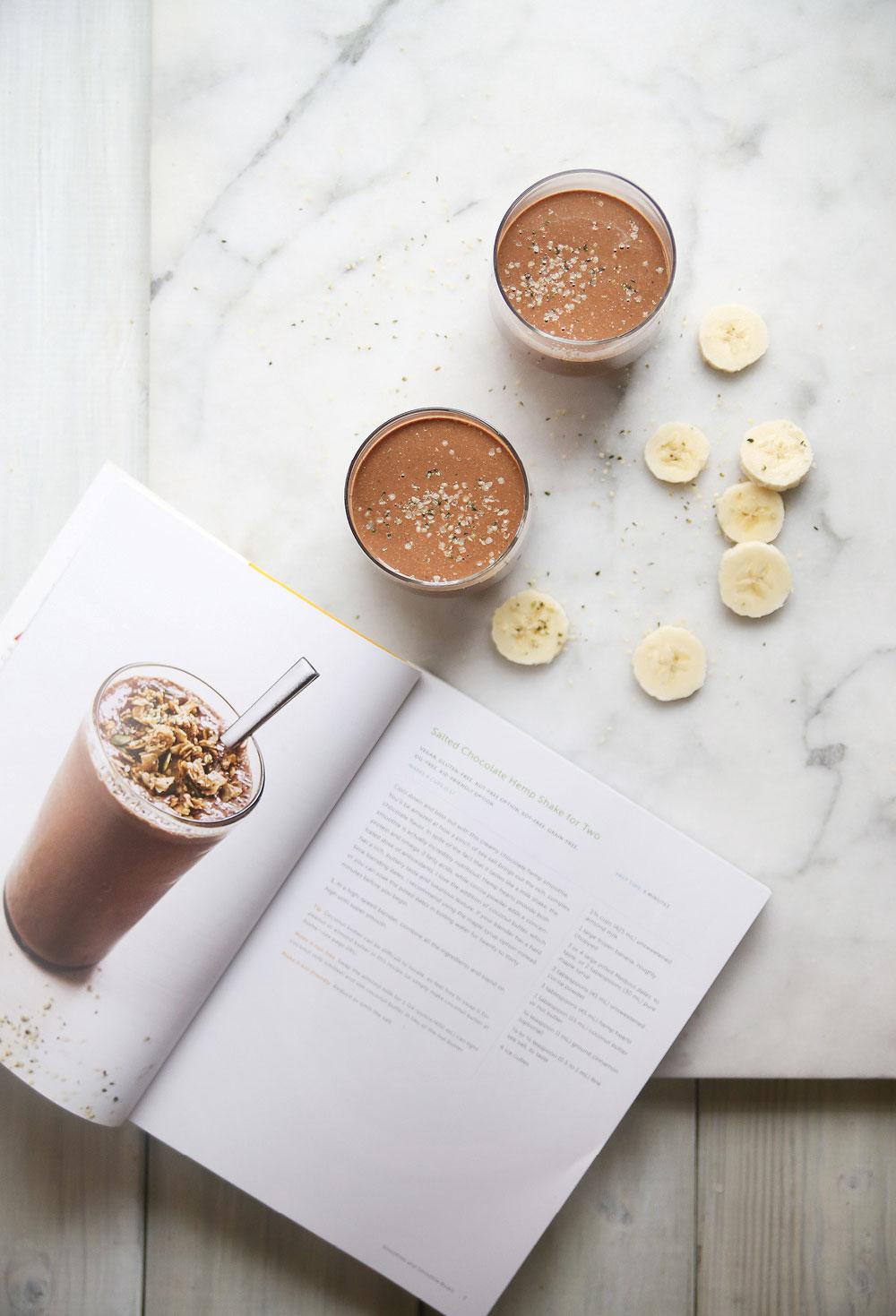 salted-chocolate-hemp-shake-smoothie-oh-she-glows-pure-ella-leche6